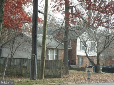 Temple Hills Single Family Home For Auction: 6572 Beechwood Drive