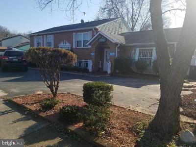 Anne Arundel County, Calvert County, Charles County, Prince Georges County, Saint Marys County Commercial For Sale: 809 E Swan Creek Road