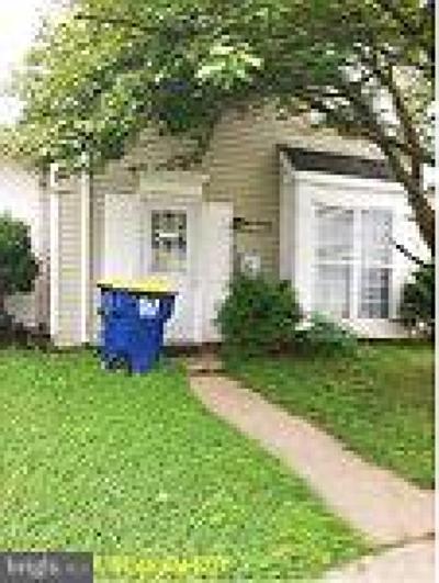 Lanham Townhouse For Sale: 2910 White Oak Lane