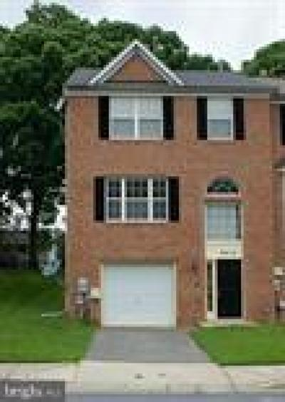 Rental For Rent: 8214 Dellwood Court