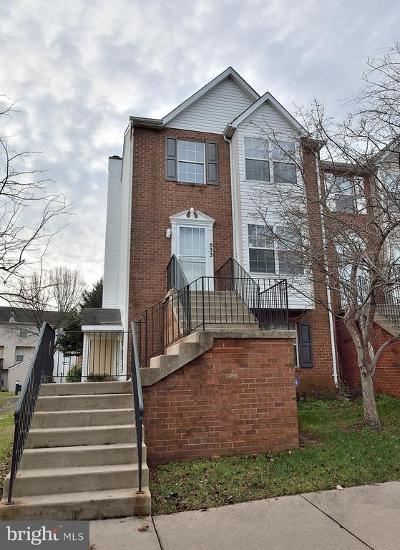 Fort Washington Condo For Sale: 533 Red Coat Place #1025