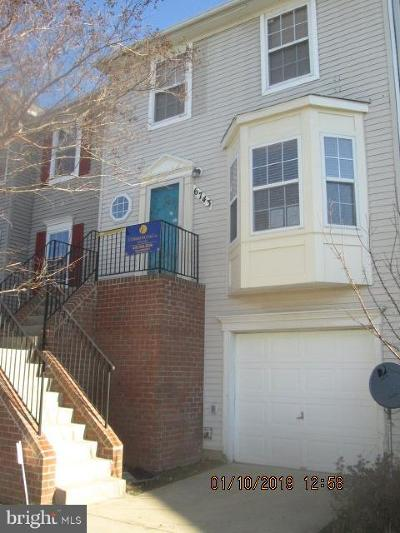 Lanham Townhouse For Sale: 6743 Village Park Drive