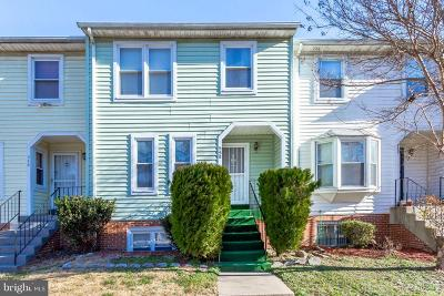 Upper Marlboro Townhouse For Sale: 550 Harry S Truman Drive