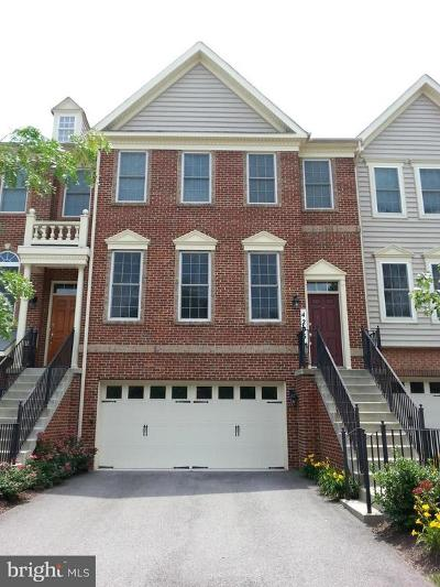 Upper Marlboro Townhouse Active Under Contract: 4205 Chariot Way