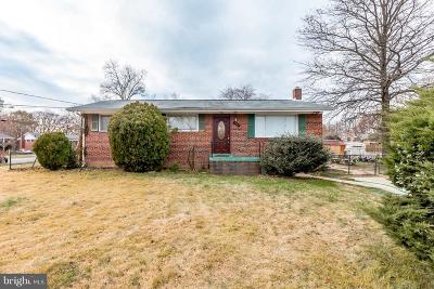 Hyattsville Single Family Home For Sale: 1904 Red Oak Drive