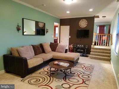 Glenarden Single Family Home For Sale: 8905 Glenarden Parkway