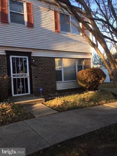 Landover Townhouse For Sale: 7418 Crane Place