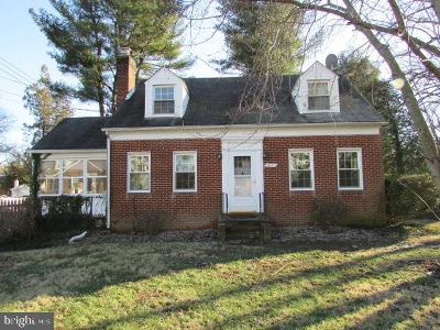 Upper Marlboro Single Family Home Under Contract: 14103 Rectory Lane