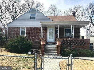 Hyattsville Single Family Home For Sale: 4716 68th Place
