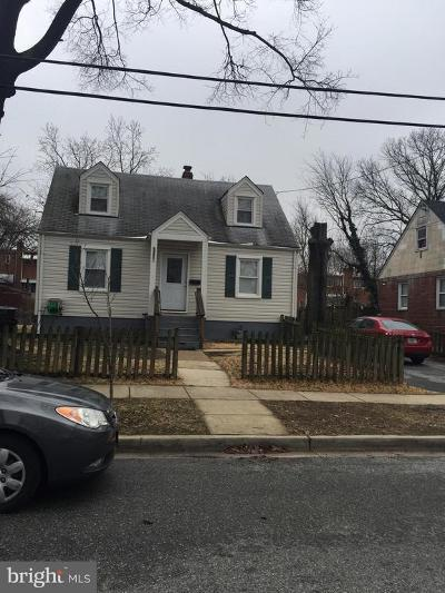 Hyattsville Single Family Home For Sale: 5827 33rd Avenue