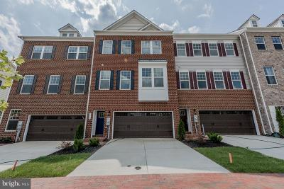 Upper Marlboro Townhouse For Sale: 15213 Richard Bowie Way