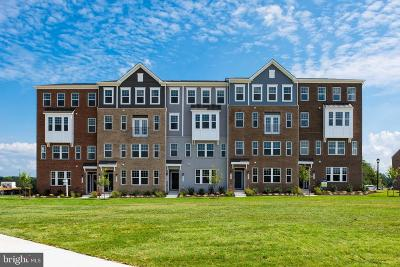 Upper Marlboro Townhouse For Sale: 9739 Glassy Creek Way