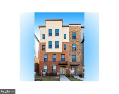 Hyattsville Condo For Sale: 3310 Tribune Court #F