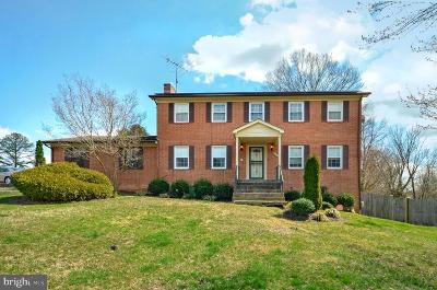 Temple Hills Single Family Home For Sale: 5707 Mansfield Drive