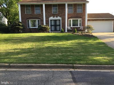 Oxon Hill Single Family Home For Sale: 11 Alexandria