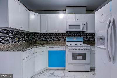 Temple Hills Condo For Sale: 3130 Brinkley Road #301