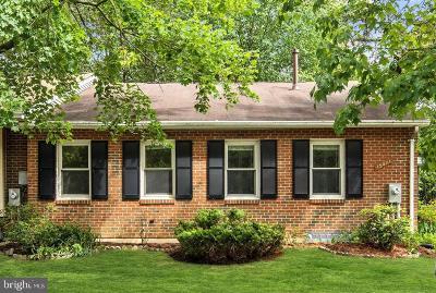 Laurel Single Family Home For Sale: 15031 Laurel Oaks Lane #67