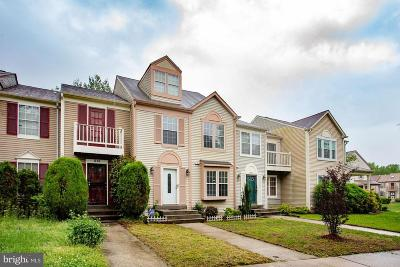 Landover Townhouse For Sale: 313 Hillside Terrace