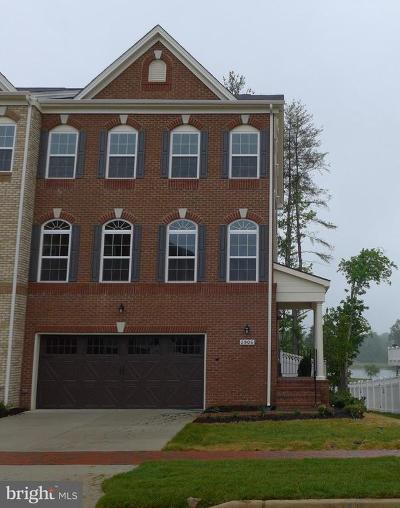 Upper Marlboro Townhouse Under Contract: 2906 Wellingborough Court