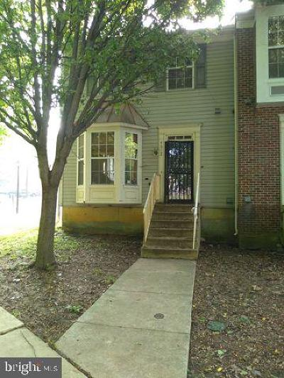 Capitol Heights Townhouse For Sale: 4612 Pistachio Lane