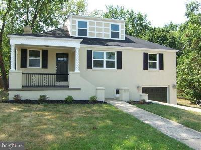 Temple Hills Single Family Home For Sale: 3011 Fairlawn Street