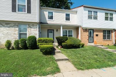 Landover Townhouse For Sale: 9005 Continental Place Place