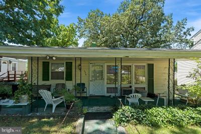 Anne Arundel County, Calvert County, Charles County, Prince Georges County, Saint Marys County Single Family Home For Sale: 606 Goldleaf Avenue