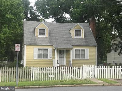 Oxon Hill Single Family Home Under Contract: 101 Mohican Drive