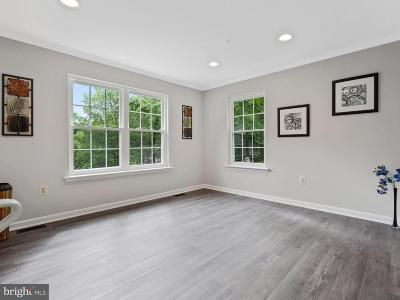 Fort Washington Single Family Home For Sale: 1909 Tall Timber Court