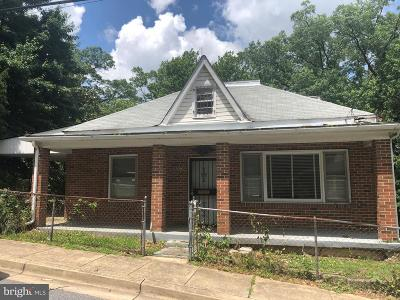 Single Family Home For Sale: 625 Capitol Heights Boulevard