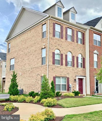 Brandywine Townhouse For Sale: 7409 Four Gardens Road