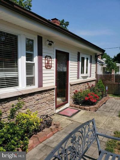 Capitol Heights Single Family Home For Sale: 900 Minna Avenue