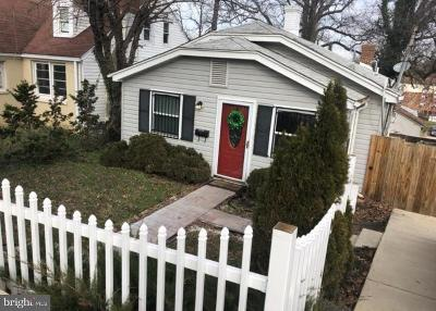 Capitol Heights Single Family Home Active Under Contract: 4714 Deanwood Drive