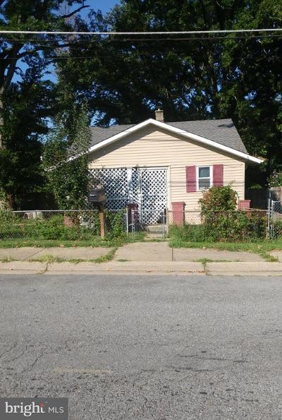 Capitol Heights Single Family Home For Sale: 520 Dateleaf Avenue