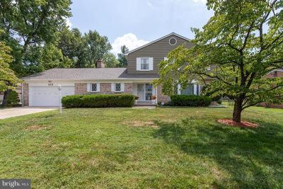Fort Washington Single Family Home For Sale: 818 Pocahontas Drive