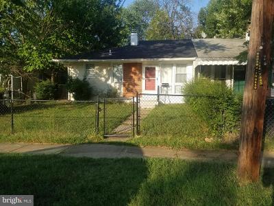 Landover Single Family Home For Sale: 2013 Barlowe Place