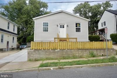 Prince Georges County Single Family Home For Sale: 3421 39th Place