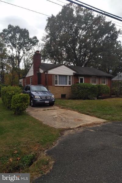 Lanham Single Family Home For Sale: 9501 Woodberry Street