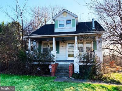 Upper Marlboro Single Family Home For Sale: 9709 Marlboro Pike