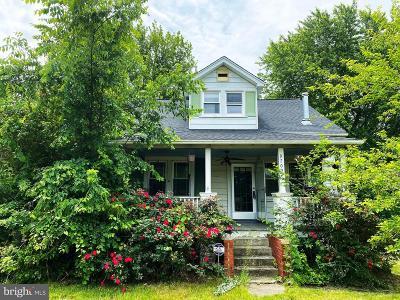 Upper Marlboro Single Family Home For Sale: 9709 Marlboro Pike