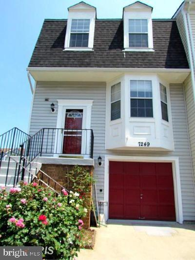 Greenbelt Townhouse For Sale: 7249 S Ora Court