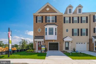 Upper Marlboro Townhouse For Sale: 9103 Fox Stream Way