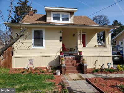 Hyattsville Single Family Home For Sale: 3902 Queensbury Road
