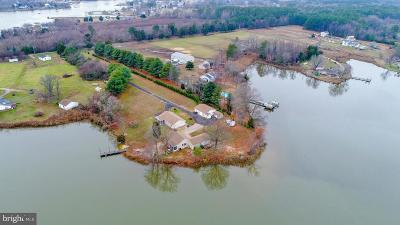 Calvert County, Saint Marys County Single Family Home For Sale: 20718 Clarence Gass Rd