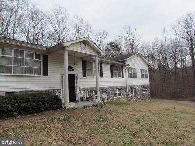Charles County, Calvert County, Saint Marys County Single Family Home For Sale: 26842 Dogwood Lane