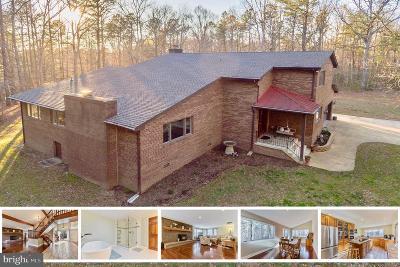 Hollywood Single Family Home For Sale: 24353 Farmkey Lane