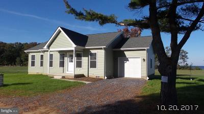 Calvert County, Saint Marys County Rental For Rent: 17972 Wide Bay Way