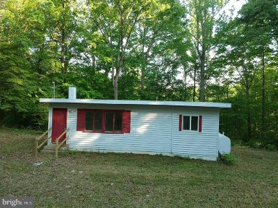 Mechanicsville Single Family Home For Sale: 26853 Oak Ridge Drive
