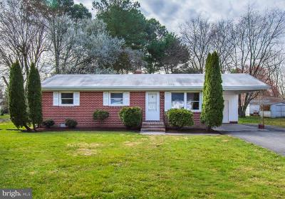 Easton Single Family Home Active Under Contract: 27981 Woods Road