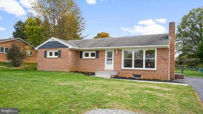 Hagerstown Single Family Home For Sale: 11809 W Pheasant Trail